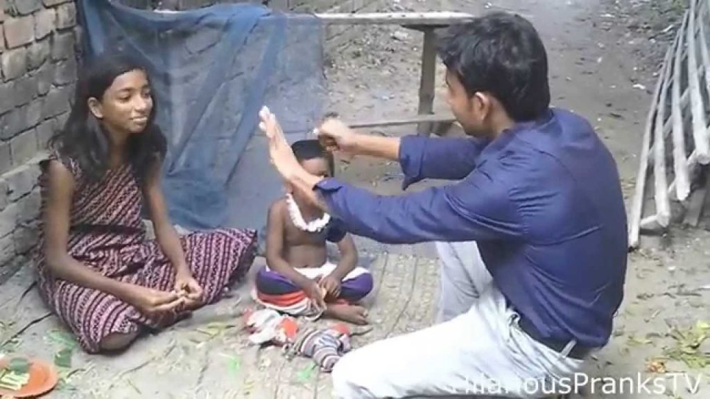 Magic Money for Homeless KIDS, This kid will win your Heart, So Cute Reaction