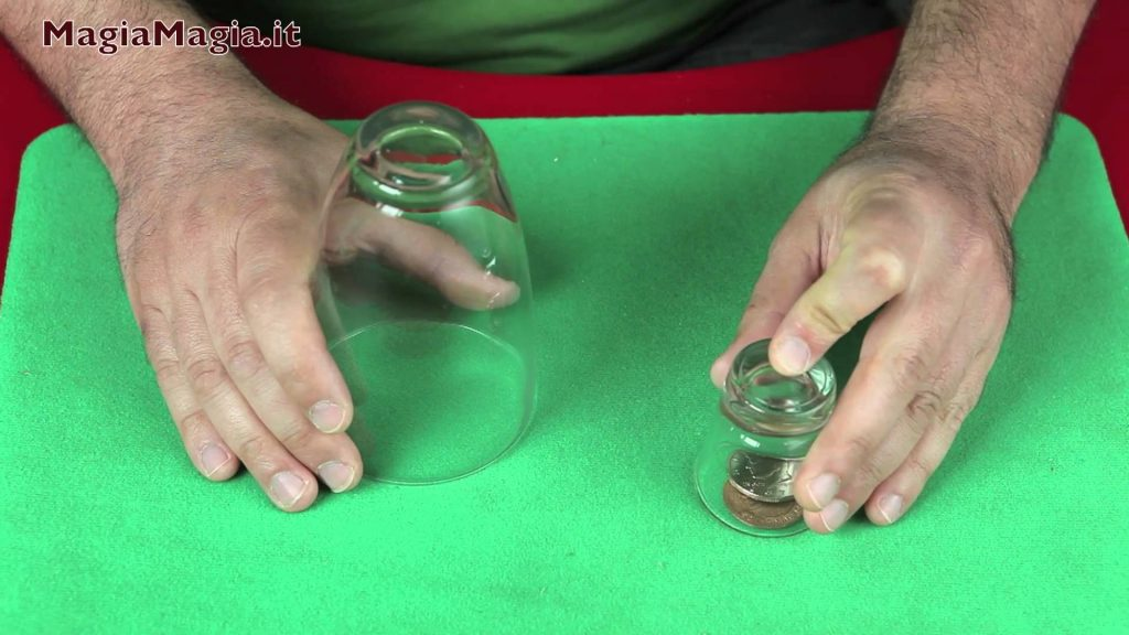 Scotch & soda 2° coins magic tricks