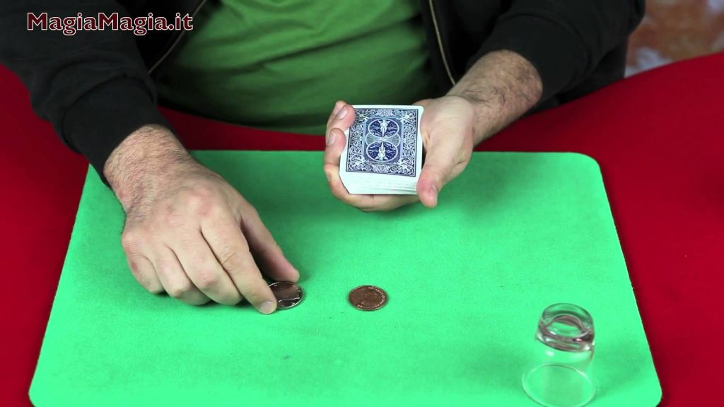 Scotch & soda 4° coins magic and card tricks