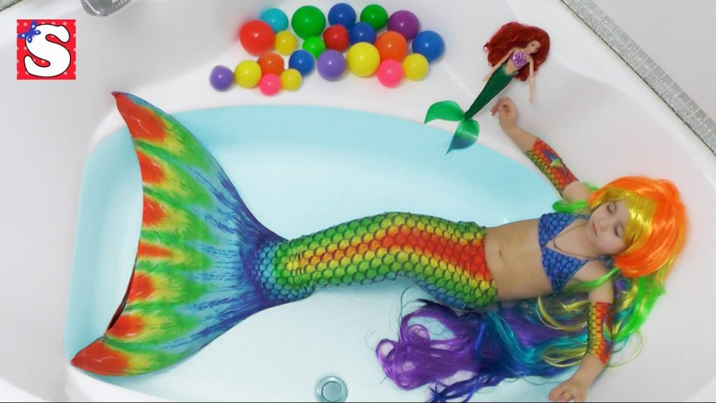 Видео для детей MERMAIDS TAIL Magic Transformation-Little Girl become a Real Mermaid bad baby