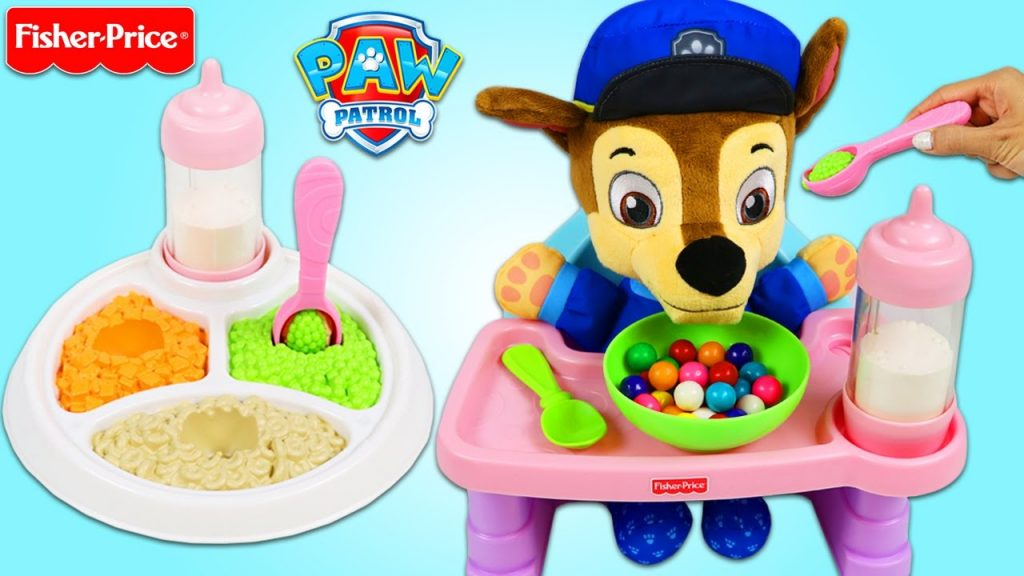 PAW PATROL Feeding Baby Chase Magic Feeding Plate and Servin Surprises Toy High Chair Playset!