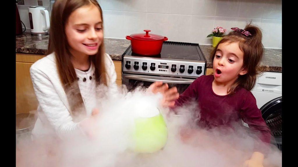 Emily's Magic Recipe / Playing Pretend Food (Dry Ice Skit)