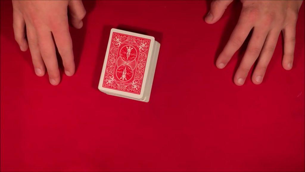 Easy Card Magic Trick Tutorial | Twitter card Trick