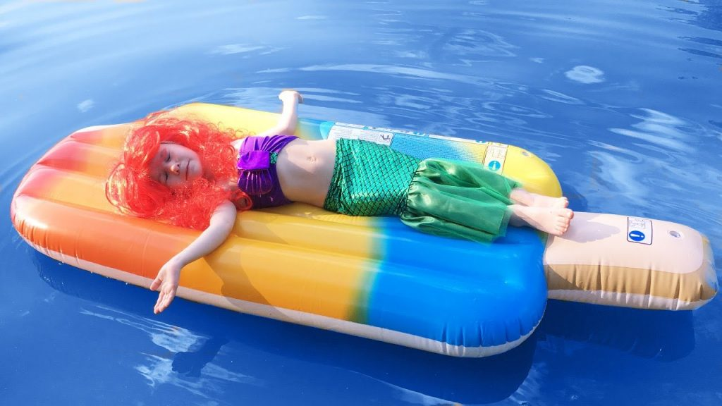 Bad Kid Magic Transform The Mermaid in Pool Finger Family Song Nursery Rhyme GIANT ICE-CREAM