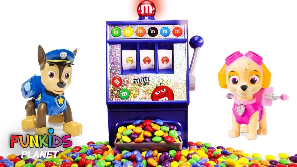 Learn Color Video For Kids: Paw Patrol Skye And Chase M&M Magic Rainbow Surprise