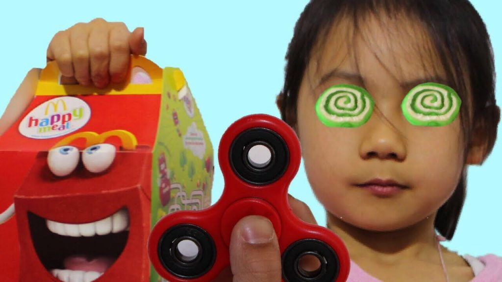 Bad Baby Magic Fidget Spinner Hypnotize Sister! Learn Colors Family Fun Nursery Rhymes toys 4 kids!