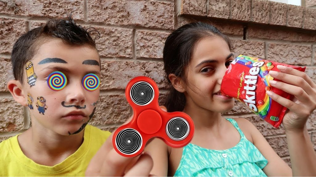 Bad Kids Magic Fidget Spinner Hypnotize Bad Baby Boy IRL! Family fun toys for kids pretend play!
