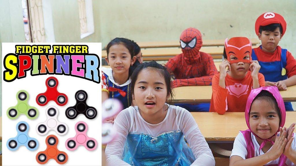 QP SuperHero Kids Go To School Learn Colors for Children MAGIC FIDGET SPINNER w/ Teacher Frozen Elsa
