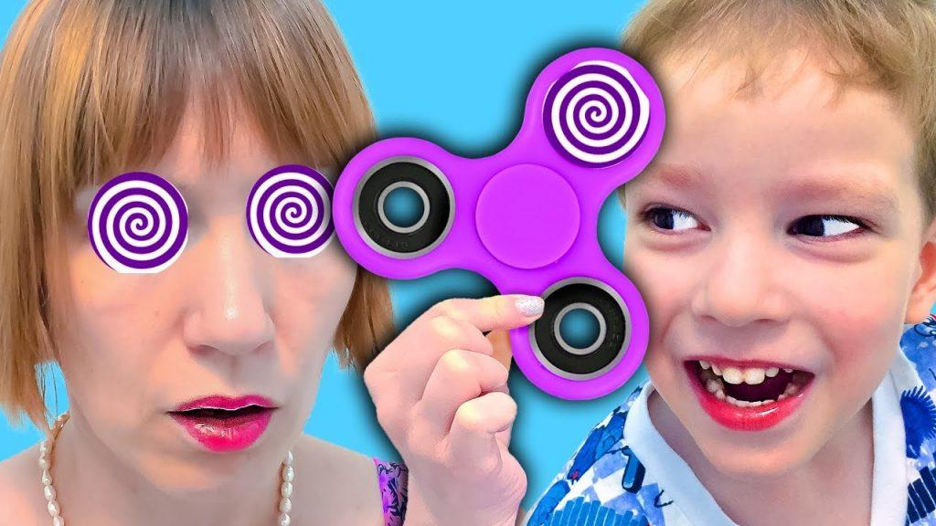 Вредные детки ЗАГИПНОТИЗИРОВАЛИ МАМУ СПИНЕРОМ Bad Kids Magic Fidget Spinner Hypnotize Mommy!