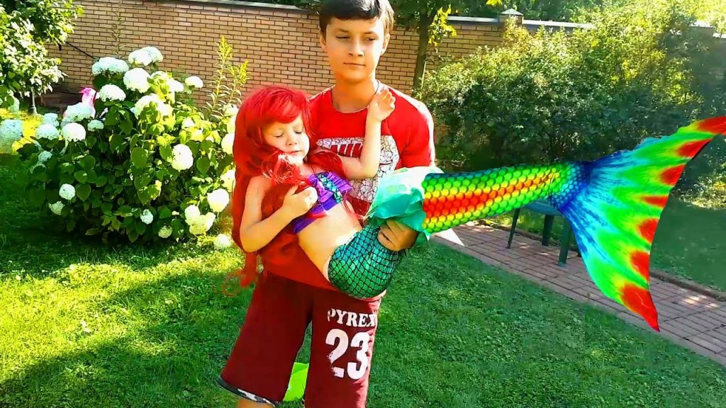 Bad Kid Magic Transform The Mermaid in Pool Outdoor Playground Family Fun for kids Nursery Rhymes