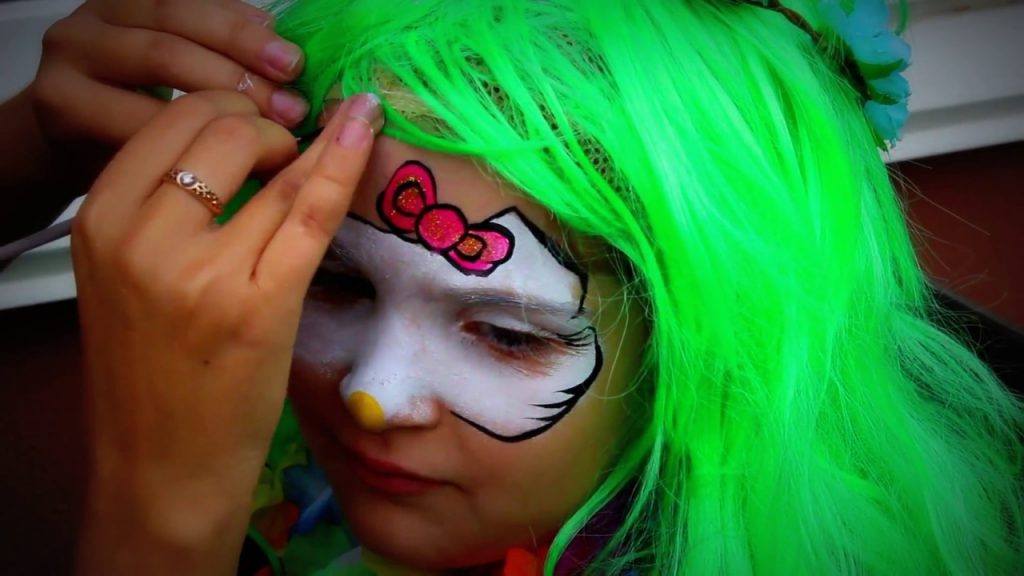 Bad Kid Magic Transform The Mermaid in sea . Hello Kitty makeup for kids.