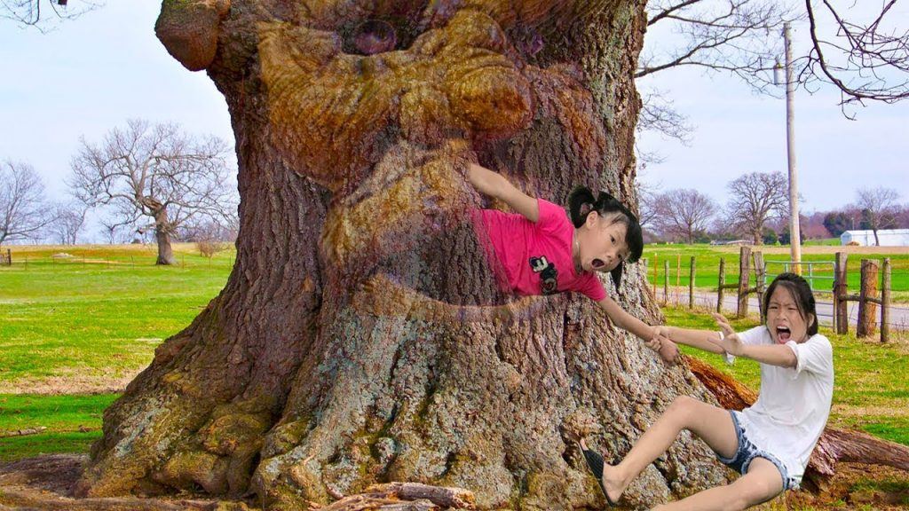 Bad baby jumping through the Magic Tree Learn Colors With Food kids Nursery Rhymes Songs for kids