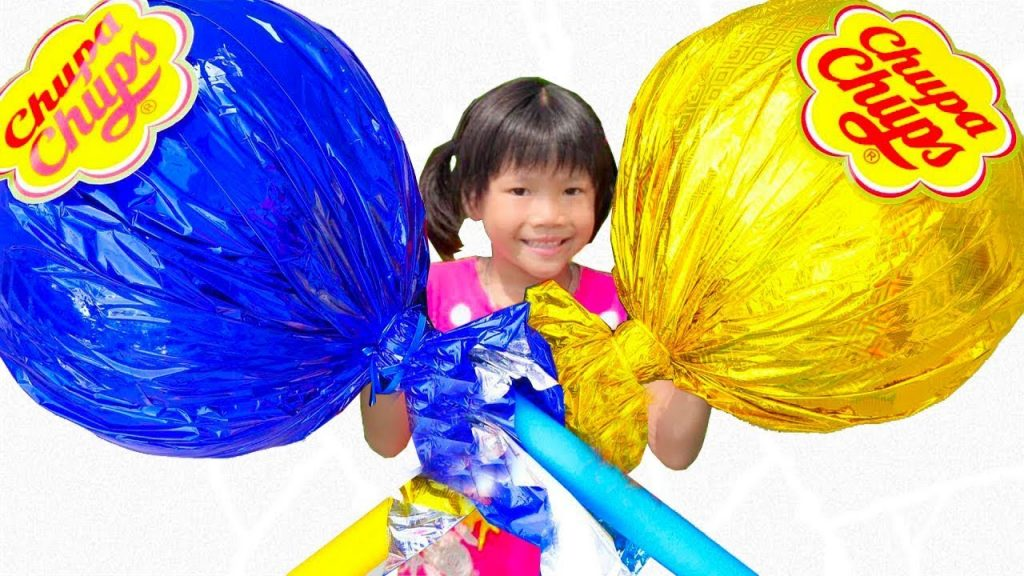 Bad Baby with Magic Candy Transform Kids! Learn Colors  with Finger Family Song Funny Baby Prank