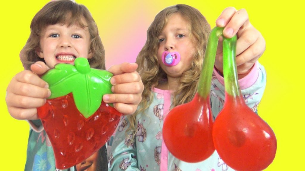Bad Babies Real Food vs Gummy Food GIANT Magic Gummies Kids pretend play family fun