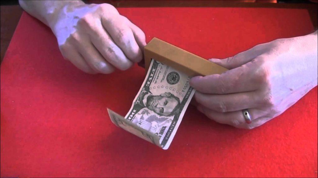 Money Maker Magic Trick Great Illusion!
