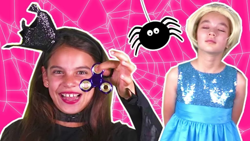 PRINCESS GETS HYPNOTIZED BY EVIL MAGIC FIDGET SPINNER Princesses In Real Life Pranks Toys Tricks
