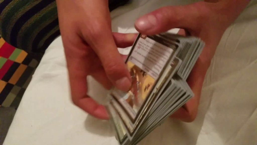 HOW TO SHUFFLE CARDS LIKE A PRO