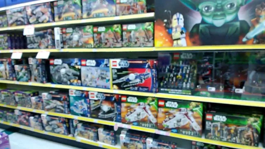 Great Deals on 2013 Lego Star Wars sets at ToysRus! very cheap!