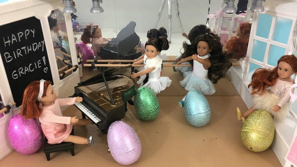 Love to Dance Ballet Studio Lori Dolls Lego Friends Surprise Eggs | Kids Station