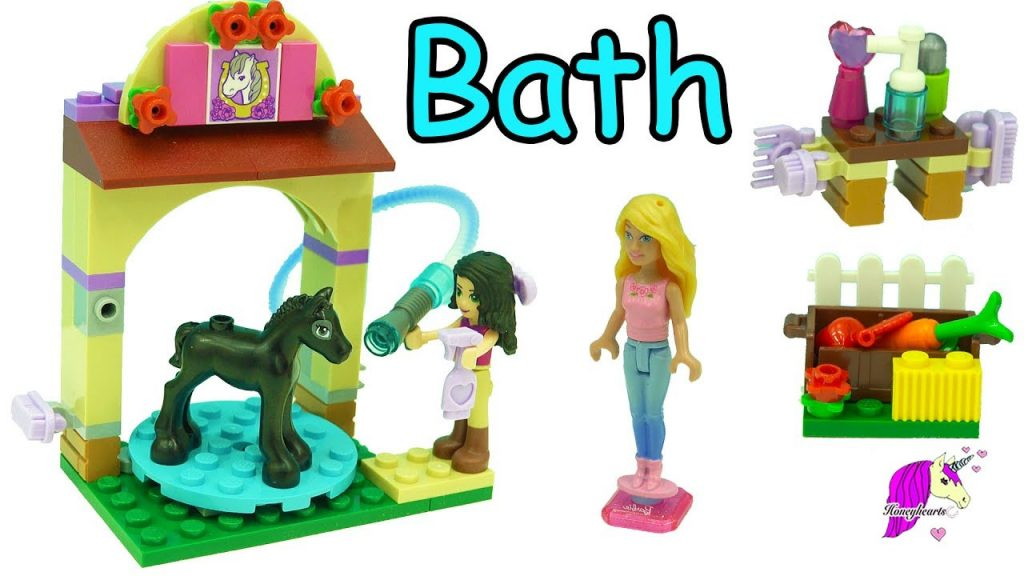 Baby Horse First Bath – Lego Friends Foal's Washing Station with Barbie – Toy Video