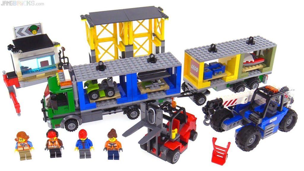 LEGO City 2017 Cargo Terminal review 🚛 60169