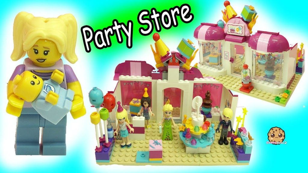 Queen Elsa Shops with Kristoff at LEGO Friends Party Store – Baby Gets Lost