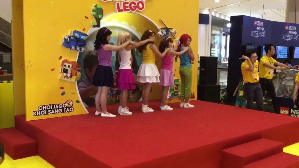 Lego Friends- trại hè sáng tạo Lego- bé lúa ngô