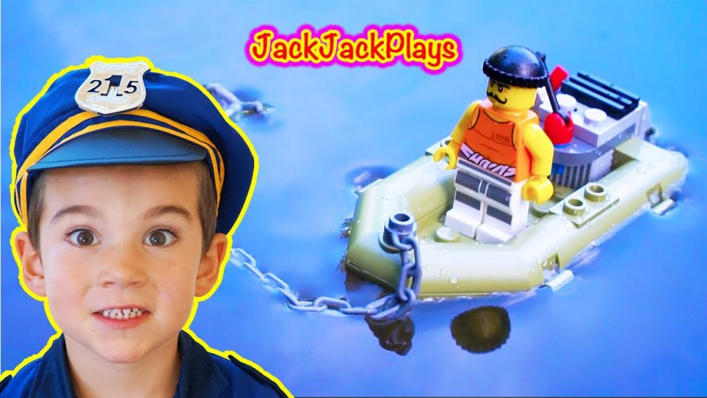 Lego City Police – Playing with Legos – Prison Island Toy Review and Build