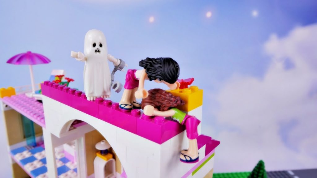 Duch z horroru w domu Oliwii – Bajka po polsku z klockami Lego Friends odc.77