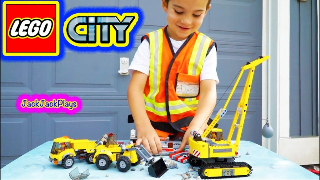 Lego City Construction Vehicles: Playing with Legos + Building Demolition Site Set – Crane