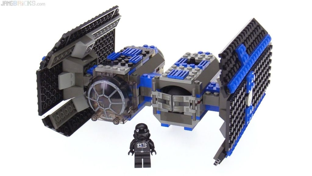 LEGO Star Wars TIE Bomber from 2003 reviewed! 4479