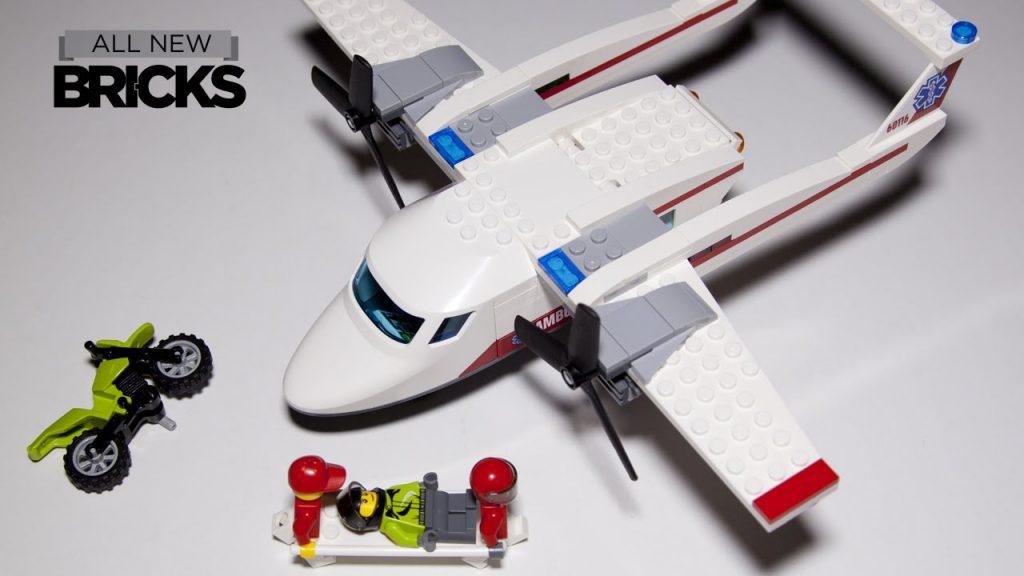 Lego City 60116  Ambulance Plane Speed Build