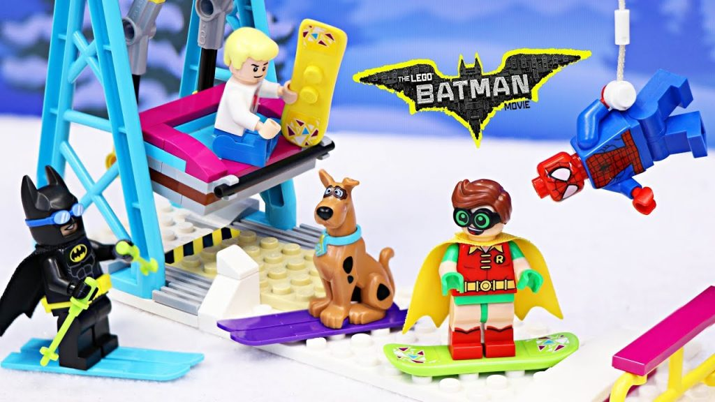 Lego Batman at Snow Resort Ski Lift Friends Legos with Robin Meets Scooby Doo Spiderman The Flash