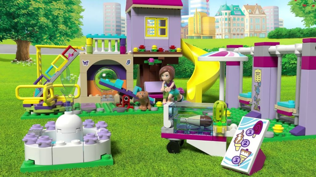 41325 Heartlake City Playground – LEGO Friends – Product Animation