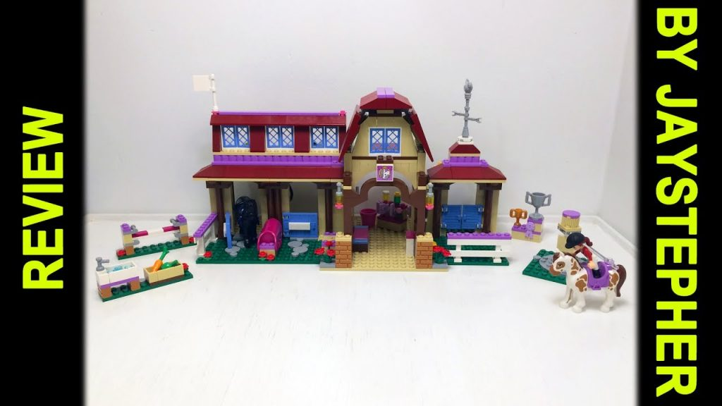 Review – Lego Friends: Heartlake Riding Club (41126)