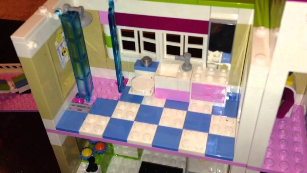"LEGO Friends ""В гостях у Оливии"""