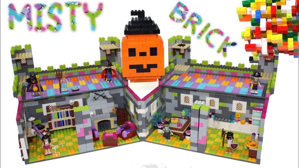 Lego Friends Helloween Castle by Misty Brick.