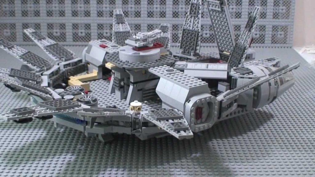 LEGO Star Wars Millennium Falcon Review 7965