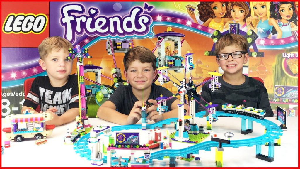 Lego Friends Amusement Park Roller Coaster and Hot Dog Van Build Review PLAY #41129 #41130