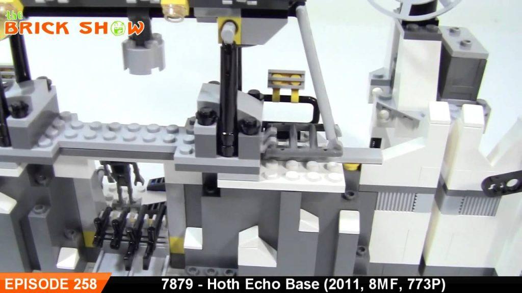 LEGO Star Wars Hoth Echo Base Review : LEGO 7879