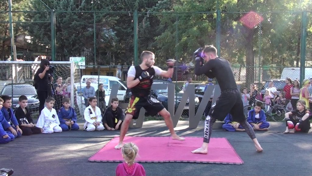 """THE STRONGEST & ROOTS BJJ"" demo at ""Health, Fitness & Wellnes"" EXPO 2017"