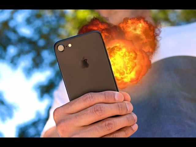 OMG iPhone 7 EXPLODES | D'nt make Laugh of Samsung