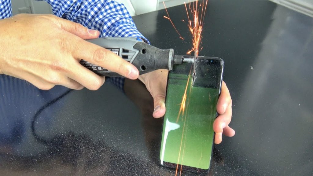 What's inside Samsung Galaxy S8?