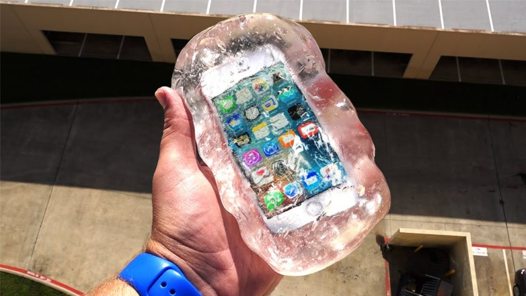 Can Liquid Glass Putty Protect iPhone SE From 100 FT Drop Test? – GizmoSlip