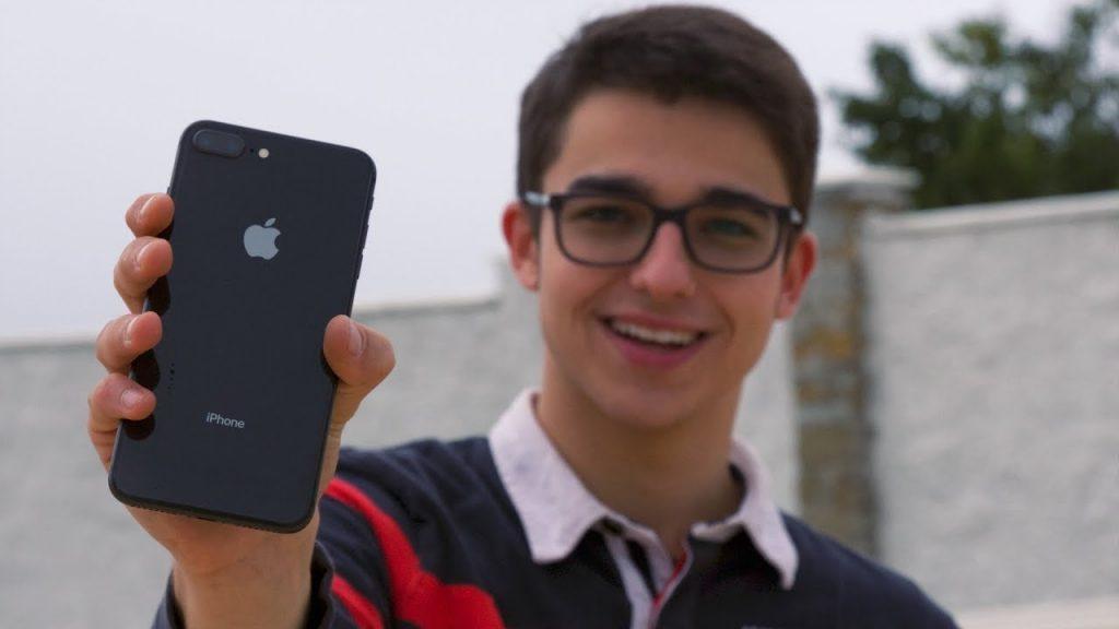 iPHONE 8 PLUS – САМЫЙ ПОЛНЫЙ И ЧЕСТНЫЙ ОБЗОР! Опыт использования и мнение