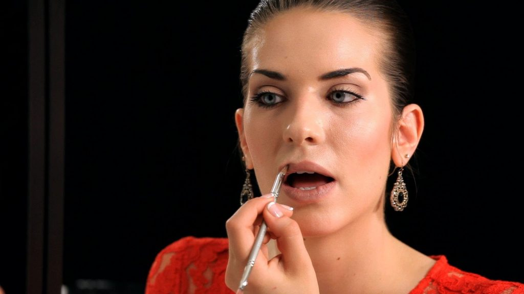 How to Do a Nude Lip | Makeup Tricks