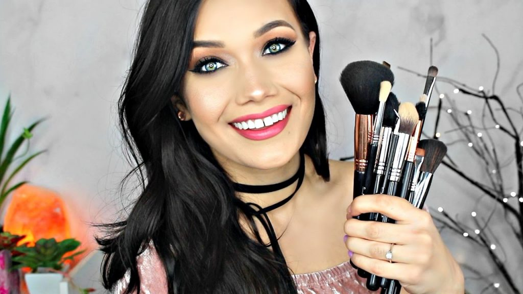 My Top HOLY GRAIL Makeup Brushes