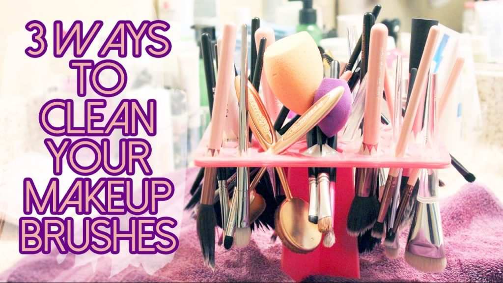 3 CHEAP WAYS TO CLEAN MAKEUP BRUSHES