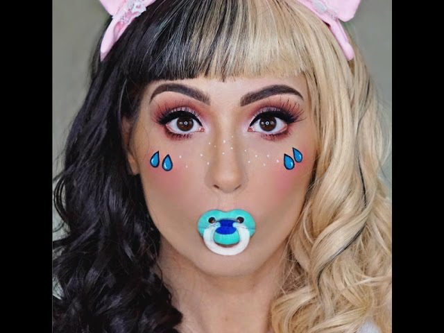 "Melanie Martinez ""Cry Baby"" Makeup and Lip Art Tutorial"