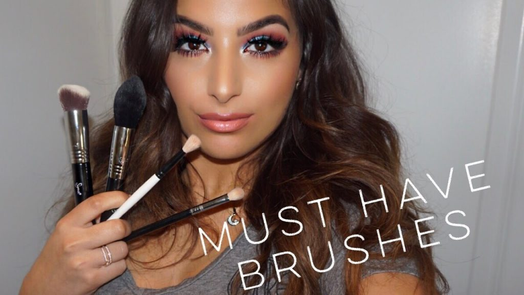 My Must Have Makeup Brushes || Special Discount?!?